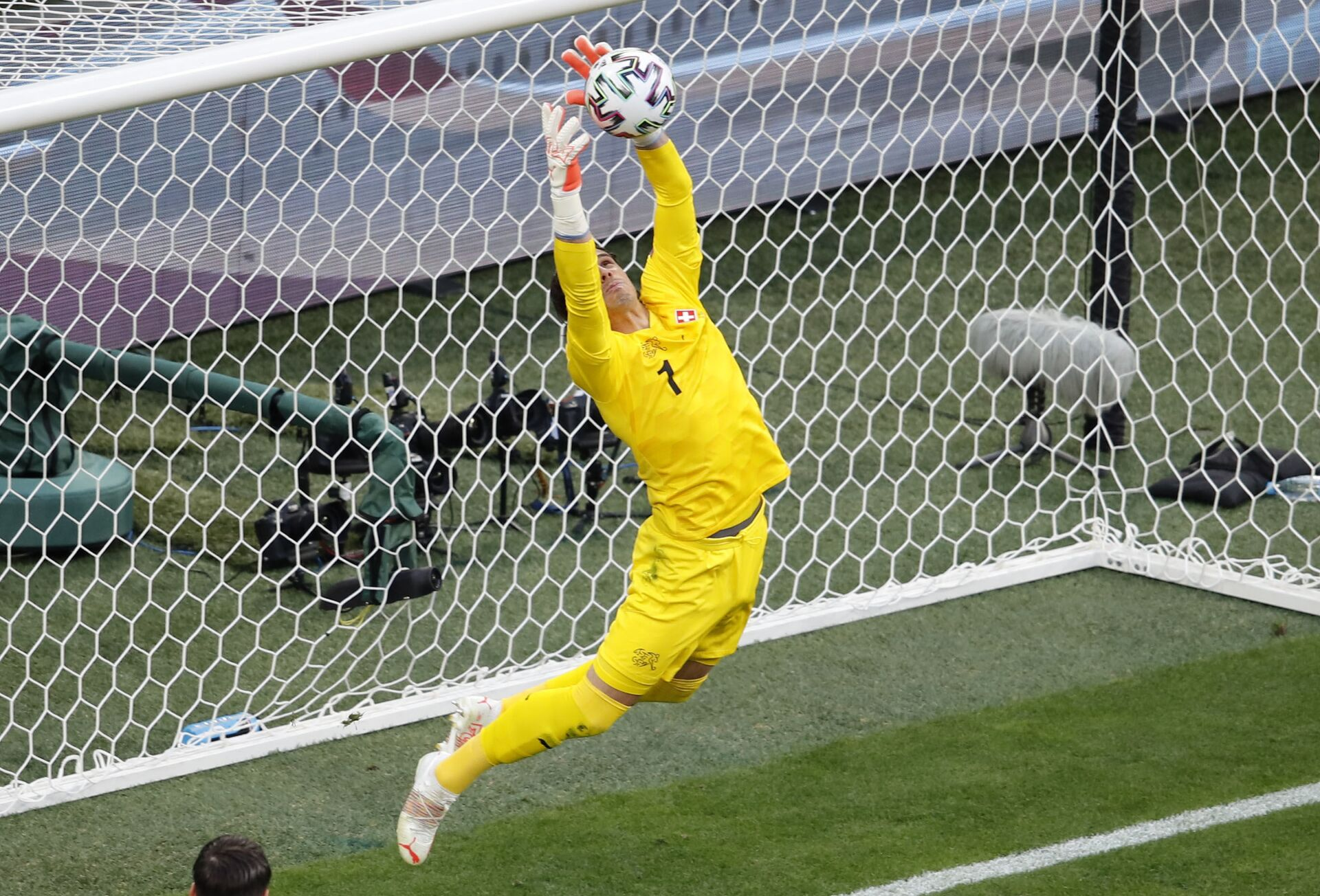 Đội Tây Ban Nha thắng đội Thụy Sĩ sau loạt đá penalty và tiến vào bán kết EURO 2020 - Sputnik Việt Nam, 1920, 03.07.2021