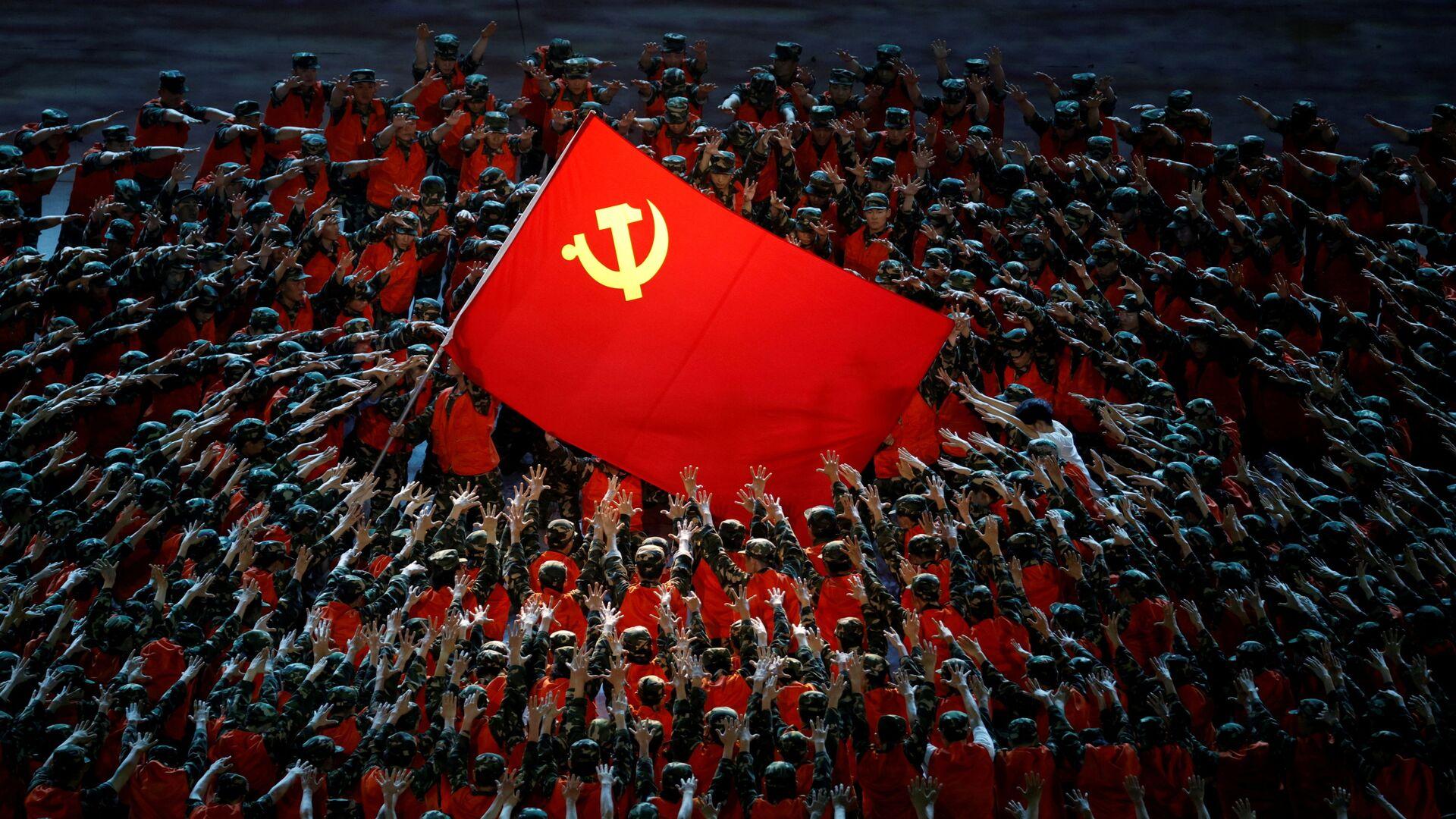 Buổi biểu diễn kỷ niệm 100 năm Đảng Cộng sản Trung Quốc tại Bắc Kinh - Sputnik Việt Nam, 1920, 27.09.2021
