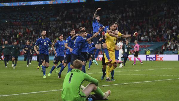 Trận chung kết của Giải Vô địch Bóng đá châu Âu EURO 2020 - Sputnik Việt Nam