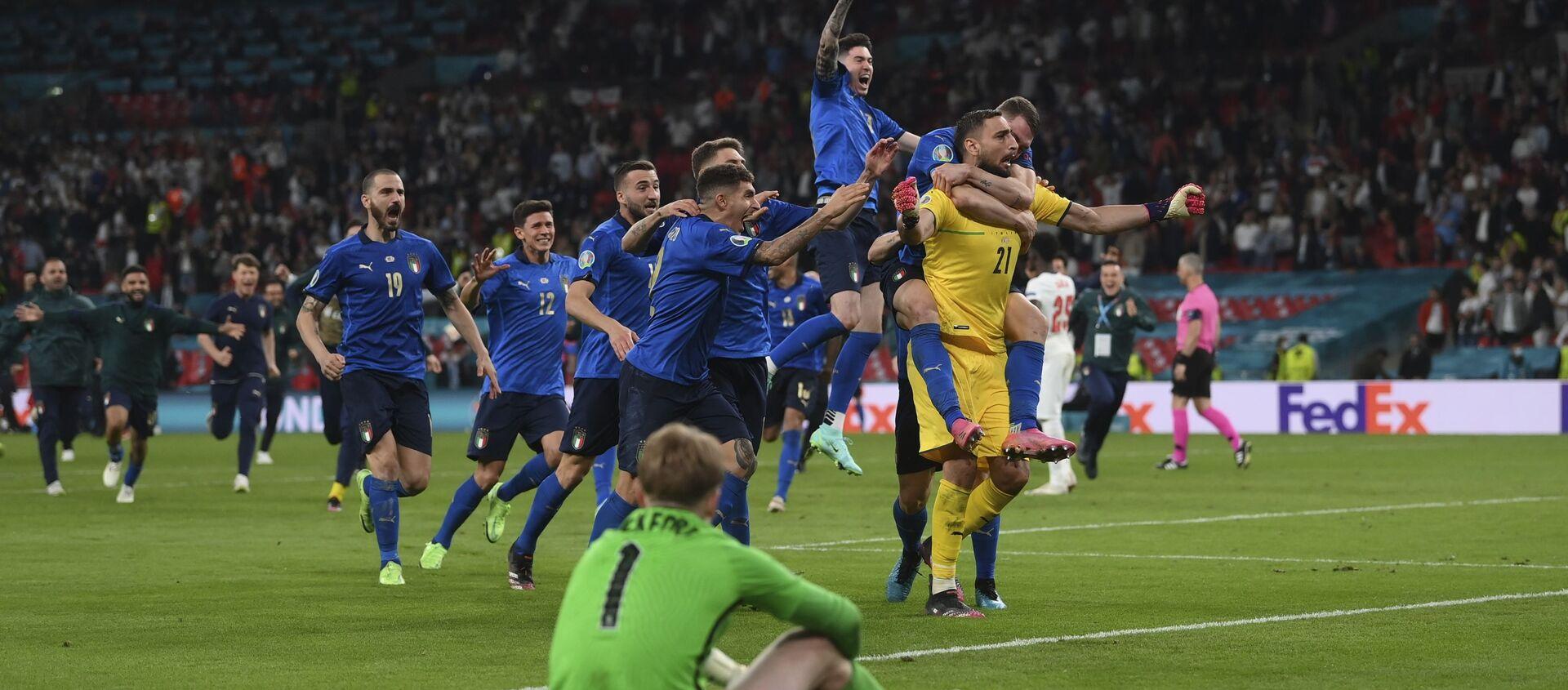 Trận chung kết của Giải Vô địch Bóng đá châu Âu EURO 2020 - Sputnik Việt Nam, 1920, 12.07.2021