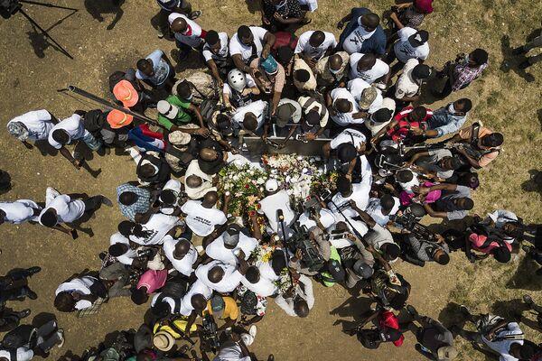 Báo chí và những người ủng hộ Tổng thống bị ám sát Jovenel Moise, Haiti - Sputnik Việt Nam