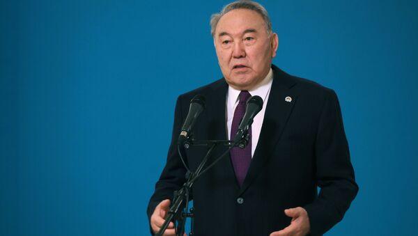 Tổng thống Kazakhstan đầu tiên Nursultan Nazarbayev - Sputnik Việt Nam