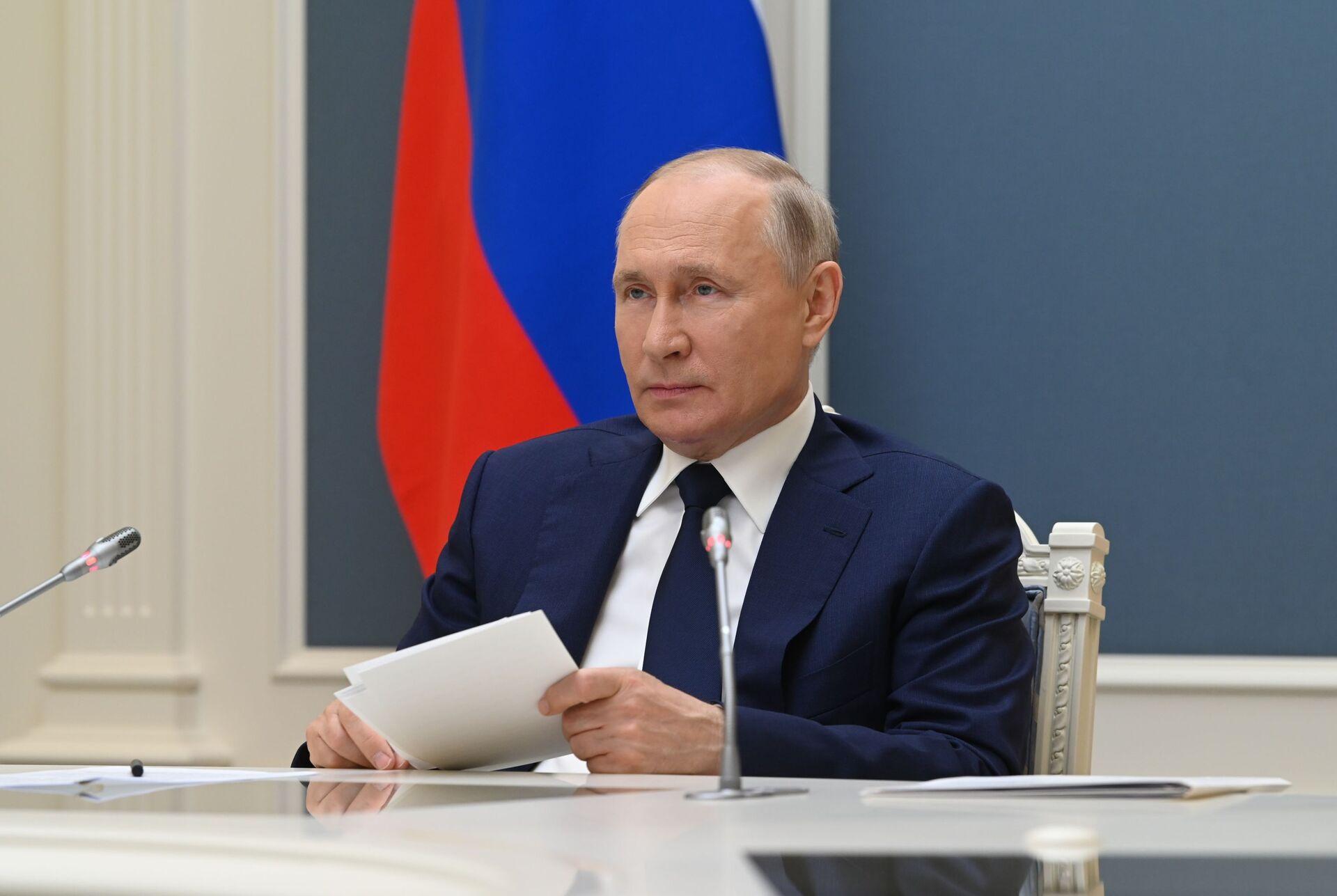 Tổng thống Nga Vladimir Putin - Sputnik Việt Nam, 1920, 05.10.2021