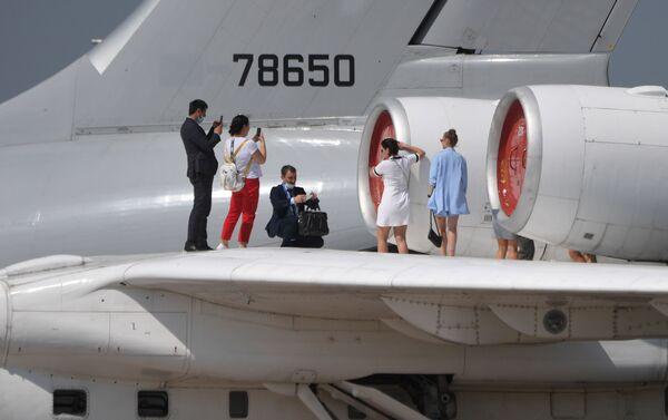 Các vị khách đến thăm MAKS-2021 - Sputnik Việt Nam