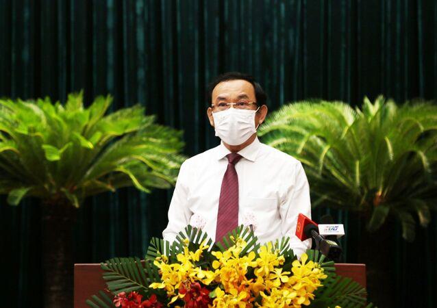 Bí thư Thành ủy Thành phố Hồ Chí Minh Nguyễn Văn Nên phát biểu tại Kỳ họp.