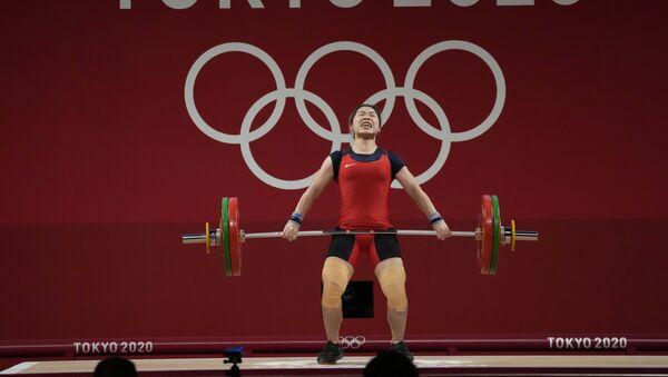 Vận động viên cử tạ Hoàng Thị Duyên thi đấu tại Olympic Tokyo 2020, Nhật Bản - Sputnik Việt Nam
