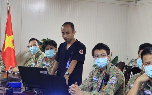 Phía Việt Nam báo cáo về một ca lâm sàng mắc hội chứng Stevens-Johnson sau tiêm vắc xin phòng COVID-19 được điều trị khỏi thành công tại BVDC 2.3 - Sputnik Việt Nam