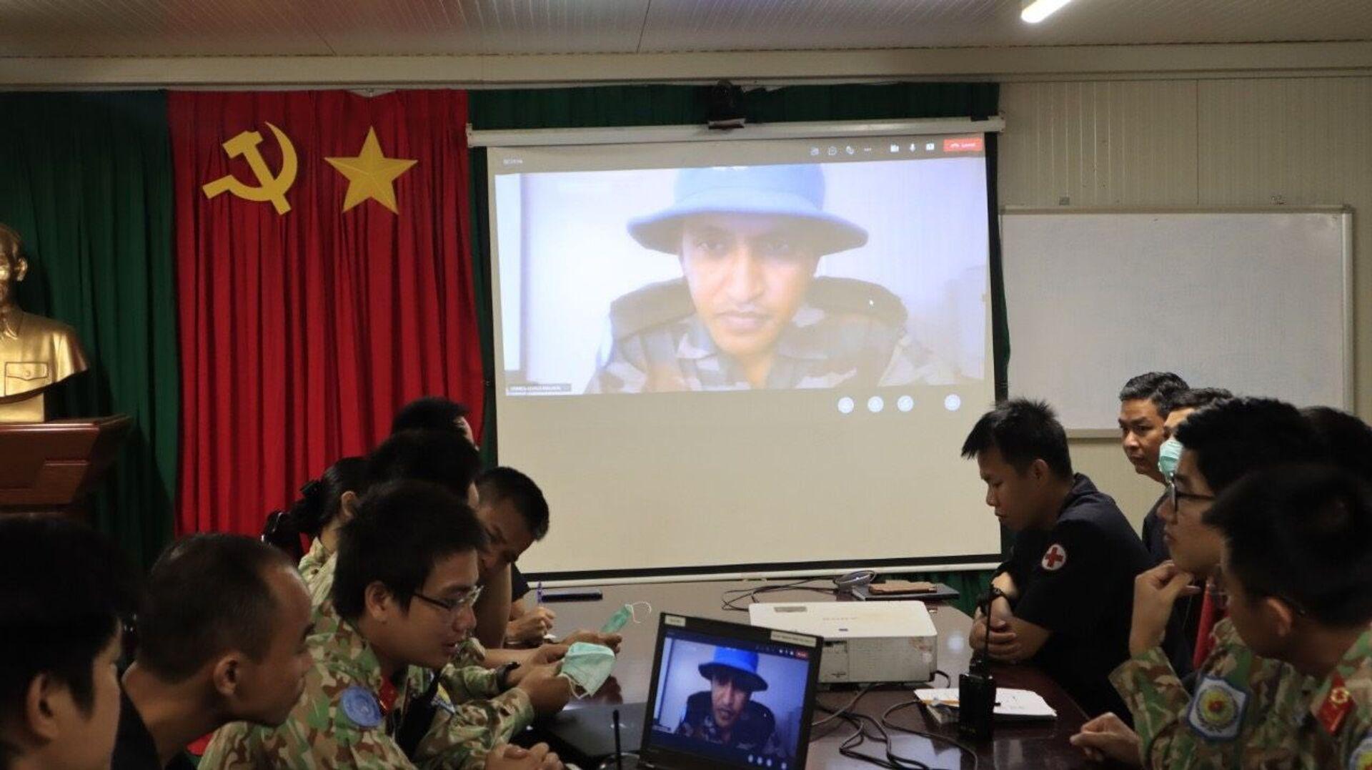 COVID-19: Chủ để nóng trong tập huấn giữa lực lượng GGHB Việt Nam - Ấn Độ tại Nam Sudan - Sputnik Việt Nam, 1920, 28.07.2021