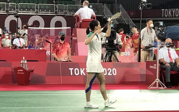 Olympic Tokyo 2020: Tay vợt Thùy Linh giành thắng lợi trong trận mở màn. - Sputnik Việt Nam