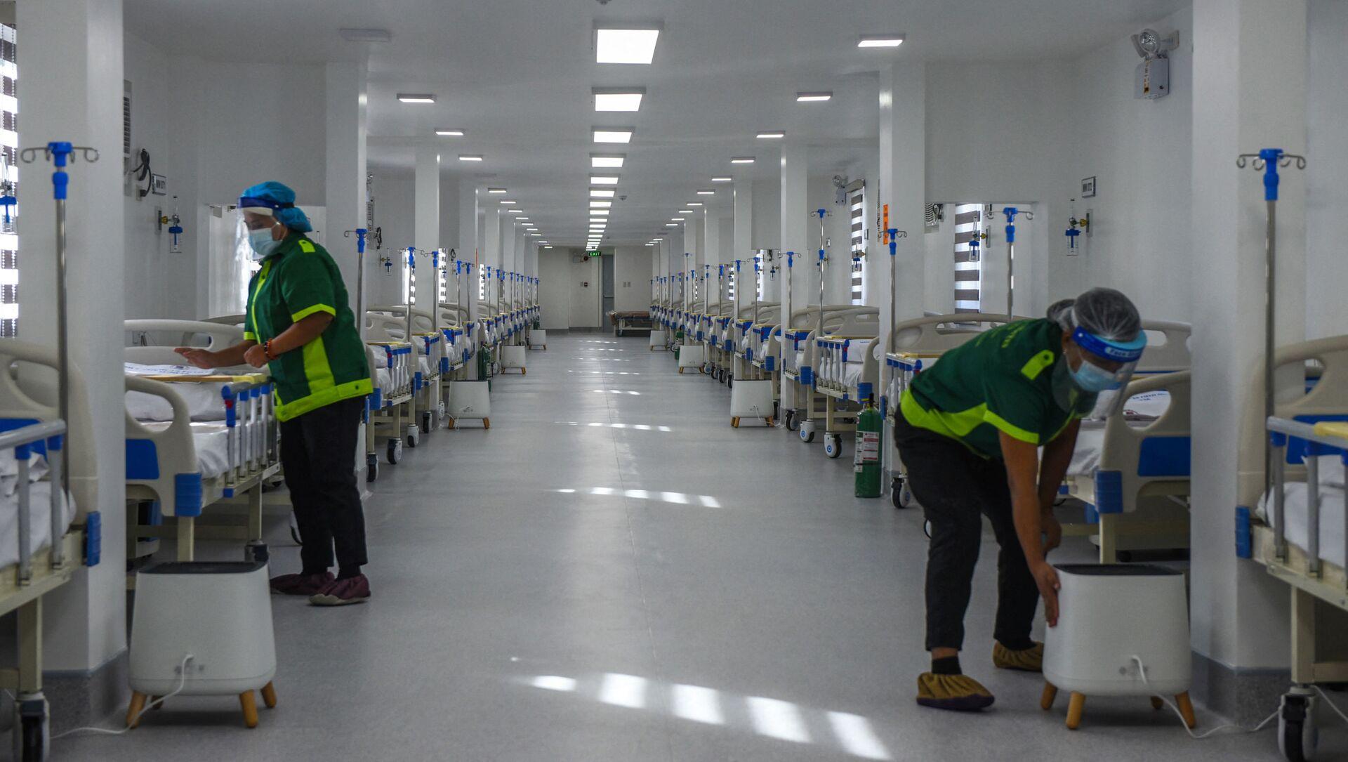 Bệnh viện dã chiến dành điều trị cho người mắc coronavirus ở Manila, Philippines - Sputnik Việt Nam, 1920, 06.08.2021