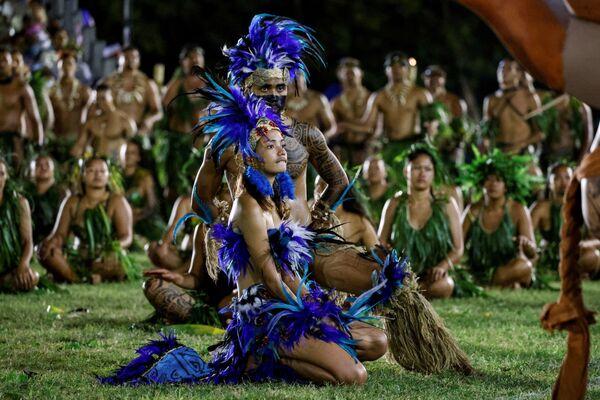 Buổi lễ truyền thống nhân chuyến thăm của Tổng thống Pháp Emmanuel Macron tại Polynesia thuộc Pháp - Sputnik Việt Nam