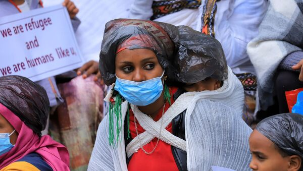 Người tị nạn Eritrean biểu tình trước văn phòng UNHCR ở Addis Ababa, Ethiopia - Sputnik Việt Nam