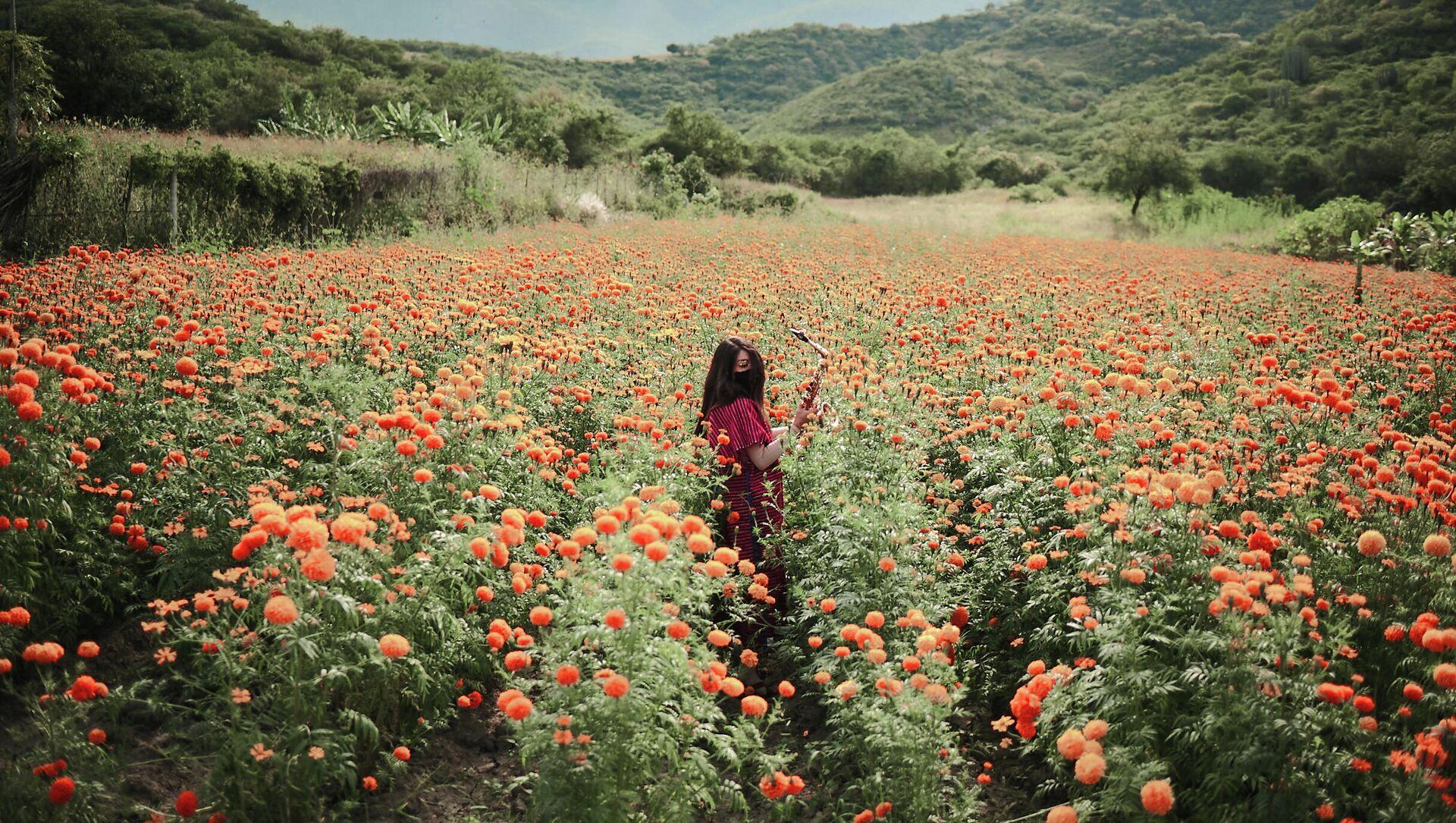 Bức ảnh Maria Elena của nhiếp ảnh gia người Mexico Elipe Mahe, lọt vào danh sách rút gọn cho Cuộc thi Báo ảnh quốc tế Stenin ở hạng mục Portrait (Chân dung). A Hero of Our Time - Sputnik Việt Nam, 1920, 05.08.2021