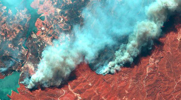 Hình ảnh vệ tinh đám cháy rừng ở Thổ Nhĩ Kỳ - Sputnik Việt Nam