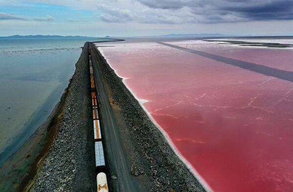 Hồ Muối Lớn gần Corinne, bang Utah - Sputnik Việt Nam