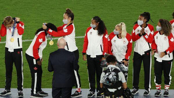 Đội tuyển bóng đá nữ Canada giành huy chương vàng trong Thế vận hội Tokyo - Sputnik Việt Nam