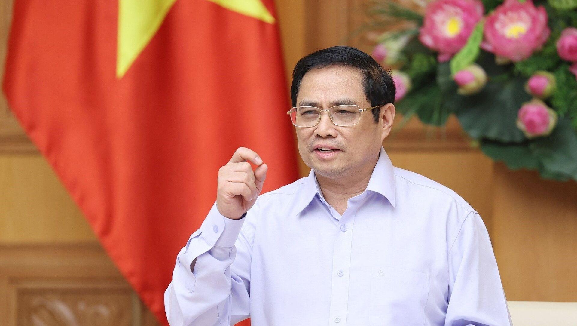 Thủ tướng Phạm Minh Chính phát biểu tại Hội nghị trực tuyến Chính phủ với doanh nghiệp, hiệp hội doanh nghiệp và các địa phương nhằm tìm giải pháp tháo gỡ khó khăn, thúc đẩy sản xuất kinh doanh trong bối cảnh dịch COVID-19 - Sputnik Việt Nam, 1920, 08.08.2021