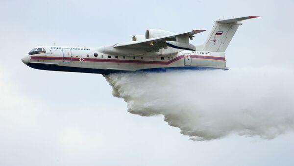 Máy bay Be-200 của Nga dập lửa - Sputnik Việt Nam