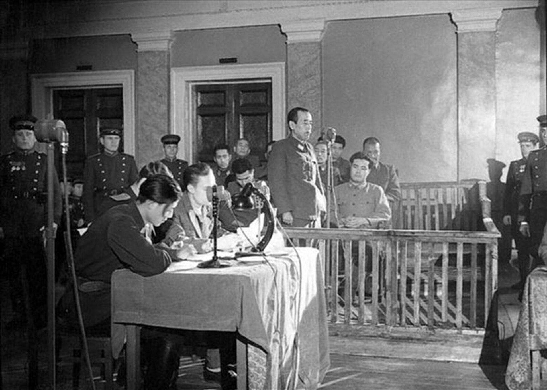 Otozo Yamada tại phiên tòa, Khabarovsk, 1949 - Sputnik Việt Nam, 1920, 05.10.2021