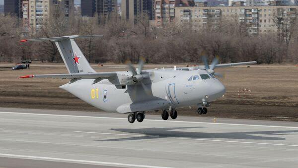 Chuyến bay của máy bay vận tải quân sự mới Il-112V của Nga - Sputnik Việt Nam