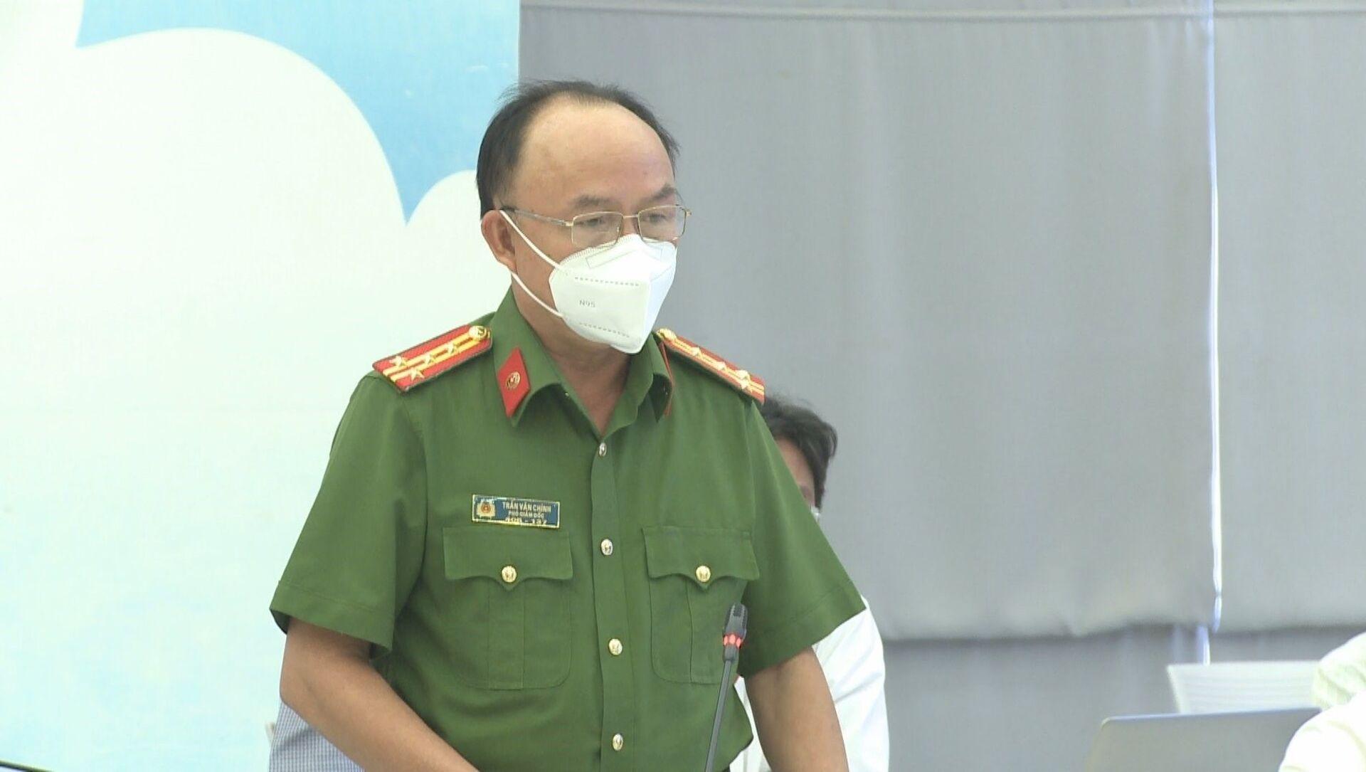 Đại tá Trần Văn Chính cung cấp thông tin vụ việc người đàn ông bị nhiều bệnh viện từ chối dẫn đến tử vong. - Sputnik Việt Nam, 1920, 17.08.2021