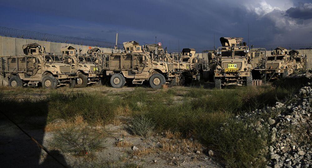 Xe bọc thép MRAP của Mỹ dựa trên Bagram ở Afghanistan