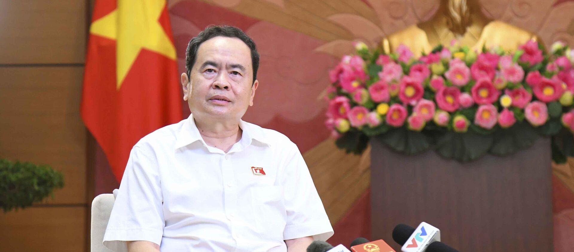 Phó Chủ tịch Thường trực Quốc hội Trần Thanh Mẫn trả lời phỏng vấn báo chí. - Sputnik Việt Nam, 1920, 20.08.2021