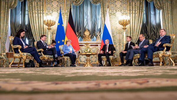 Chuyến thăm từ biệt của Merkel đến Moskva - Sputnik Việt Nam