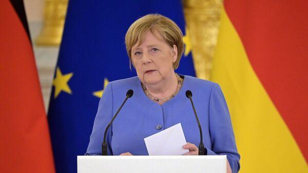Thủ tướng Đức Angela Merkel trong cuộc họp báo sau cuộc hội đàm với Vladimir Putin - Sputnik Việt Nam