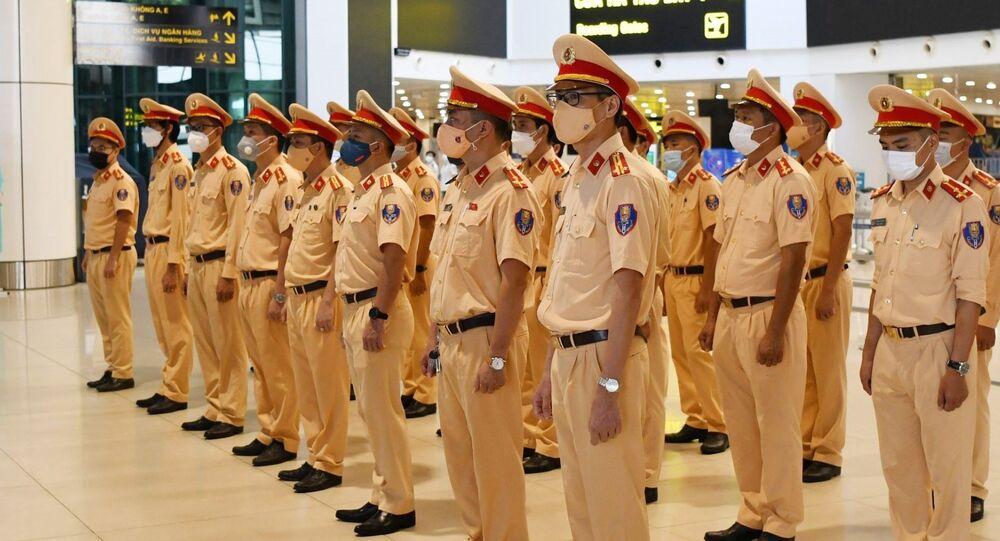 COVID-19: Cục CSGT xuất quân tăng cường chống dịch cho TP Hồ Chí Minh