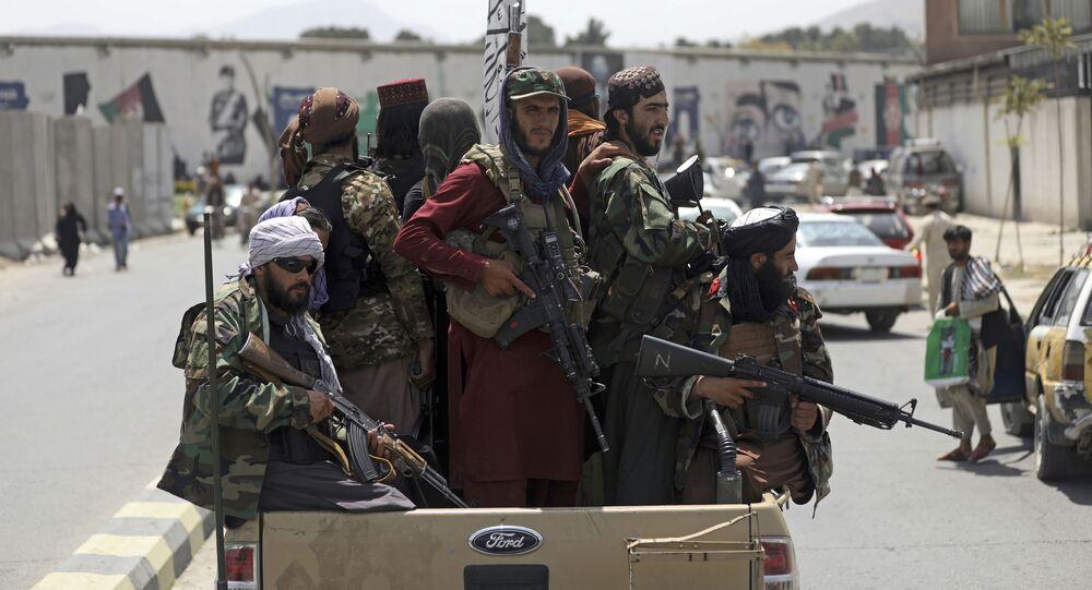 Các chiến binh Taliban* ở Kabul, Afghanistan