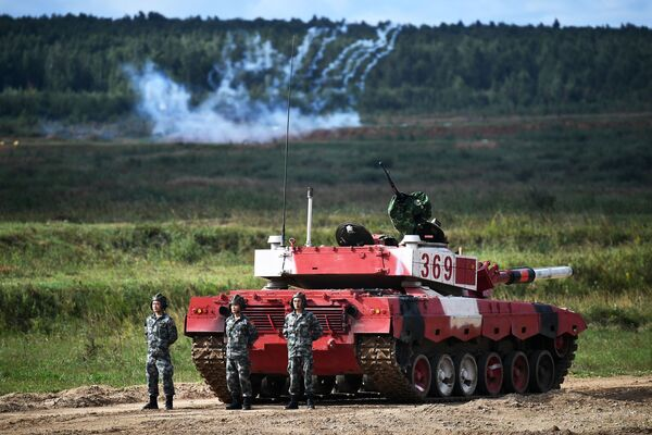 Đội xe tăng Trung Quốc trong cuộc thi «Tank Biathlon-2021» - Sputnik Việt Nam