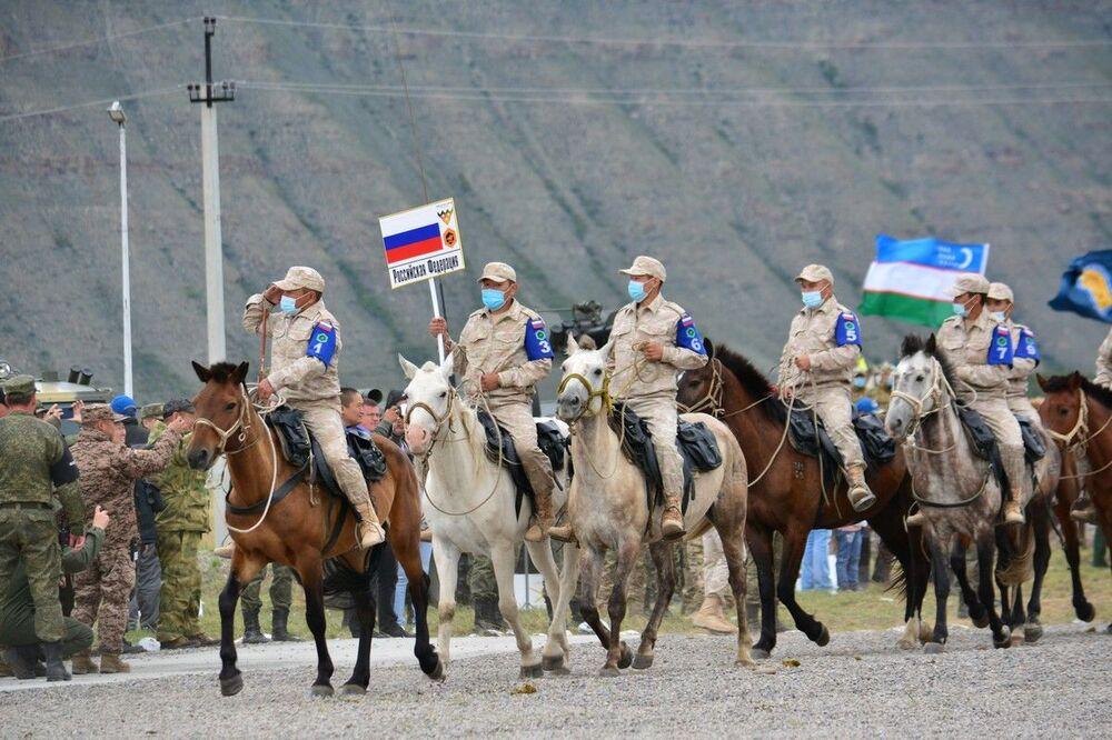 Thi đấu Marathon cưỡi ngựa tại Kyzyl trong khuôn khổ Hội thao quân sự quốc tế Army Games 2021
