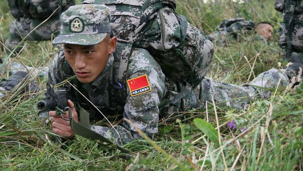 Đội Trung Quốc  tham gia cuộc thi quốc tế Trinh sát xuất sắc trong khuôn khổ Army Games-2021 tại Vùng Novosibirsk - Sputnik Việt Nam