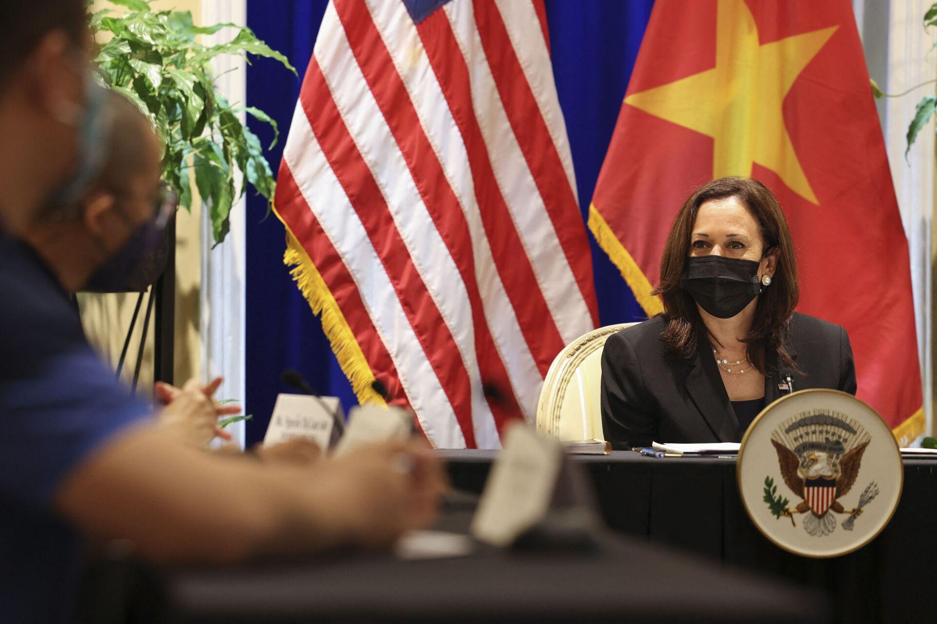 Phó tổng thống Mỹ Kamala Harris. - Sputnik Việt Nam, 1920, 05.10.2021