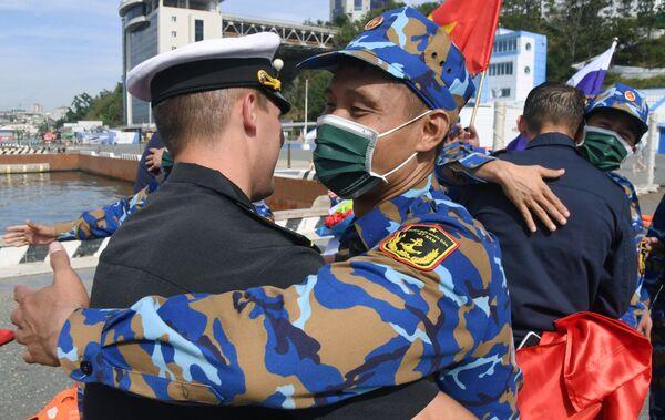 Quân nhân Nga và Việt Nam thi đấu Cúp Biển tại Vladivostok trong khuôn khổ Hội thao Quân đội Quốc tế Army Games-2021 - Sputnik Việt Nam