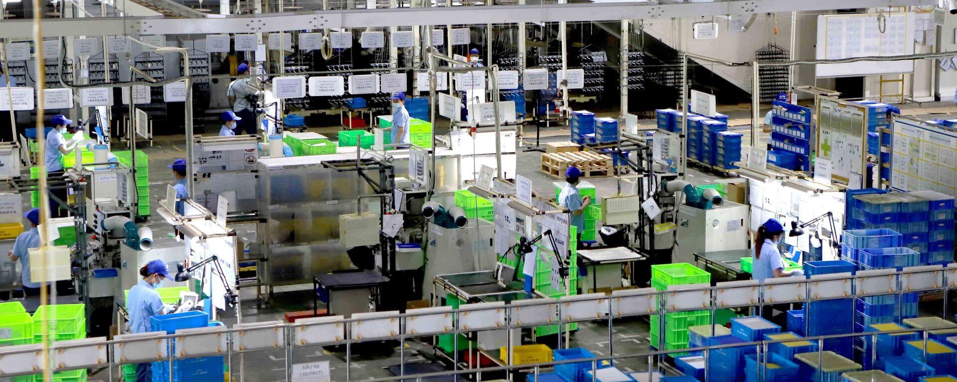Dây chuyền sản xuất của Công ty Ohashi Tekko Việt Nam khu công nghiệp Bình Xuyên, Vĩnh Phúc. - Sputnik Việt Nam, 1920, 31.08.2021