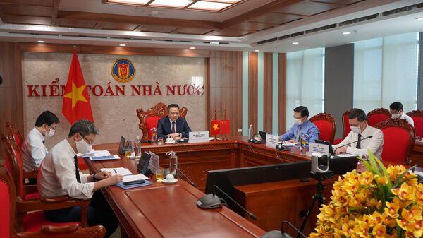 Tổng Kiểm toán Nhà nước Trần Sỹ Thanh chủ trì Hội đàm. - Sputnik Việt Nam