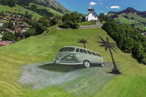 Bức tranh theo phong cách land-art của nghệ sĩ Pháp Guillaume Legros ở Thụy Sĩ  - Sputnik Việt Nam