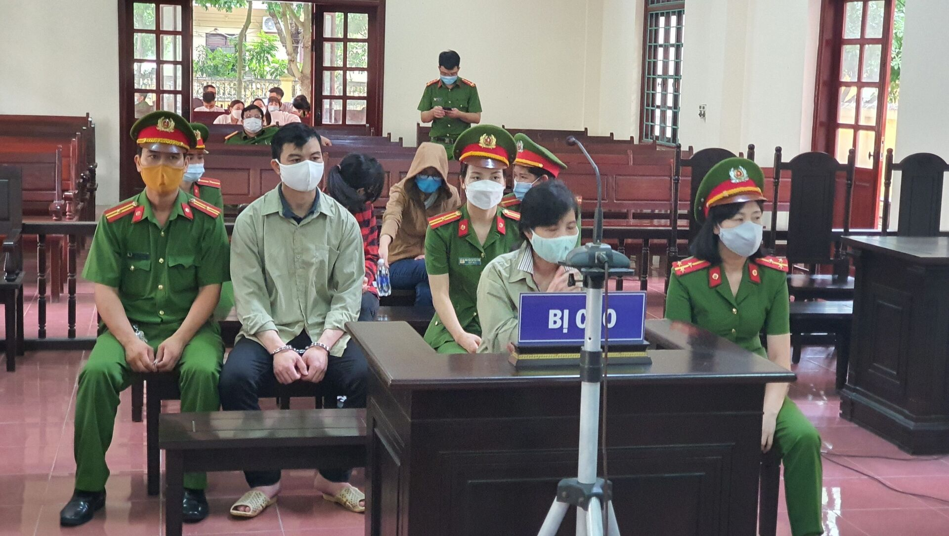 Tòa án Nhân dân tỉnh Vĩnh Phúc xét xử các cựu cán bộ Thanh tra Bộ Xây dựng. - Sputnik Việt Nam, 1920, 01.09.2021