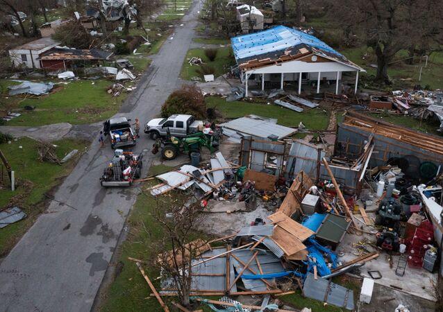 Những ngôi nhà bị tàn phá sau cơn bão Ida ở bang Louisiana