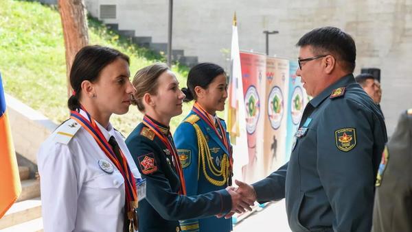 Lễ tổng kết cuộc thi quốc tế Chiến sĩ hòa bình trong khuôn khổ Army Games-2021 tại Armenia - Sputnik Việt Nam