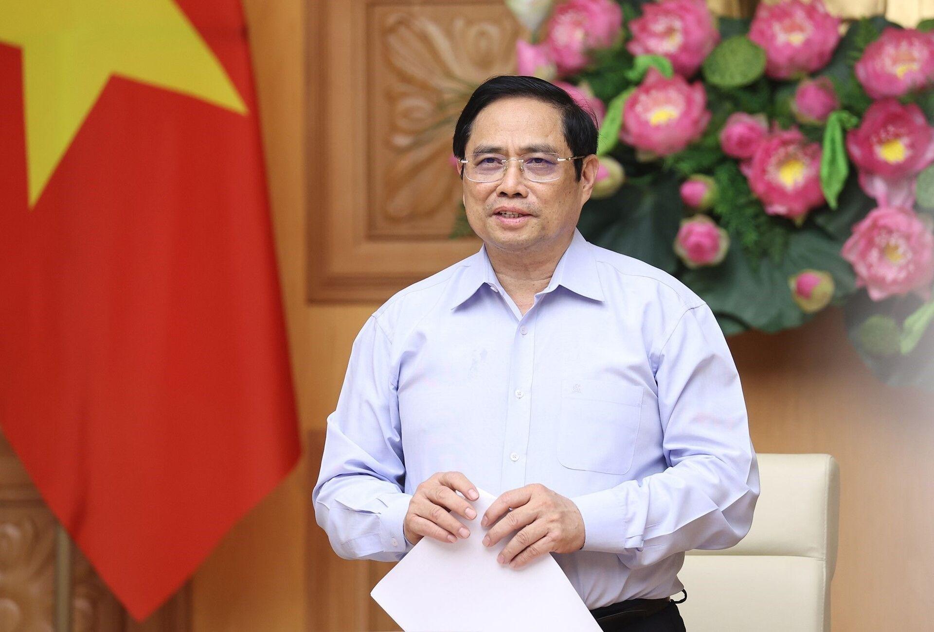 Thủ tướng Phạm Minh Chính phát biểu tại buổi làm việc. - Sputnik Việt Nam, 1920, 05.10.2021