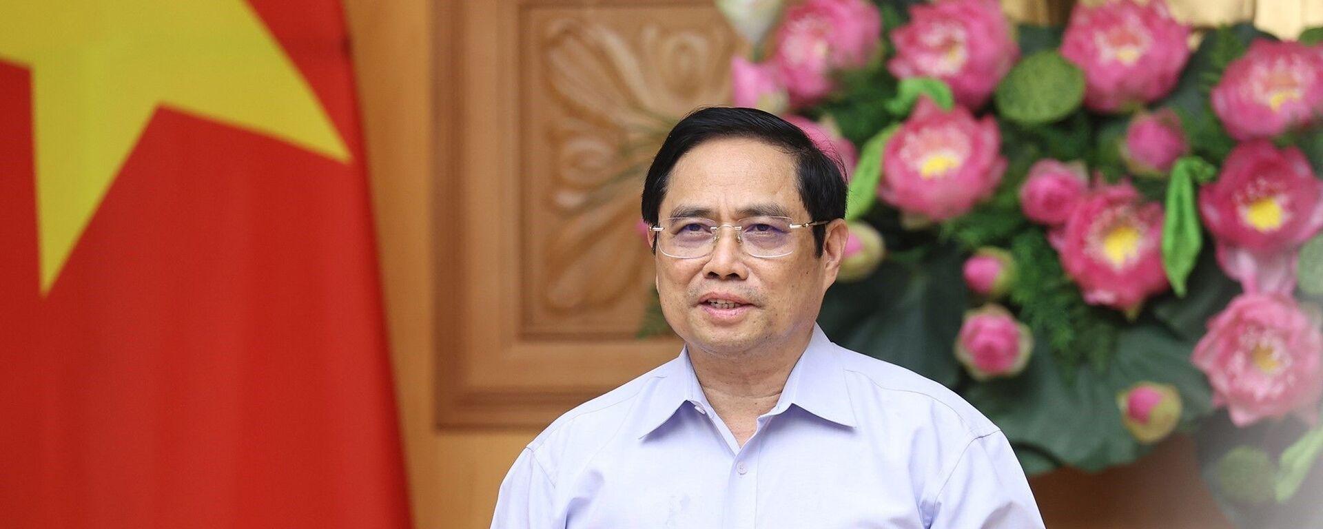 Thủ tướng Phạm Minh Chính phát biểu tại buổi làm việc. - Sputnik Việt Nam, 1920, 08.09.2021