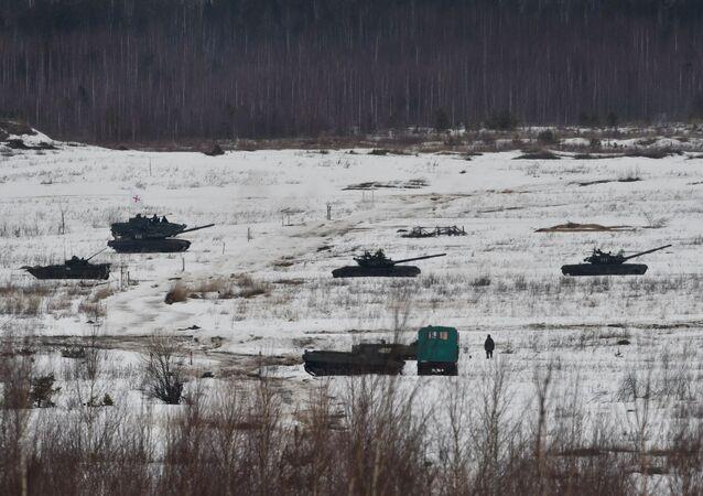 Trang thiết bị quân sự trong cuộc tập trận chung Nga-Belarus tại thao trường Mulino ở Nizhny Novgorod (Nga)