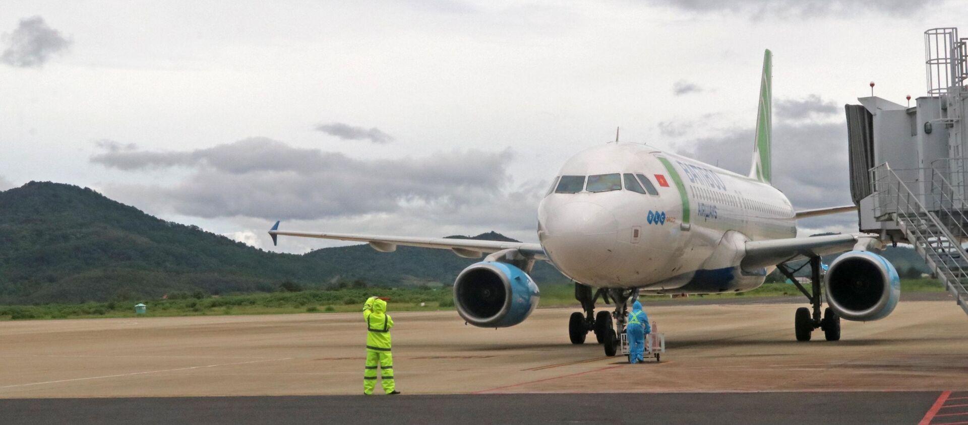 Chiều 4/9 có thêm 2 chuyến bay chở các thai phụ từ san bay Tân Sơn Nhất (TP. HCM) về sân bay Liên Khương (Lâm Đồng) - Sputnik Việt Nam, 1920, 07.09.2021