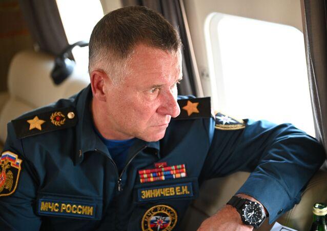 Người đứng đầu Bộ các Tình trạng Khẩn cấp LB Nga Yevgeny Zinichev