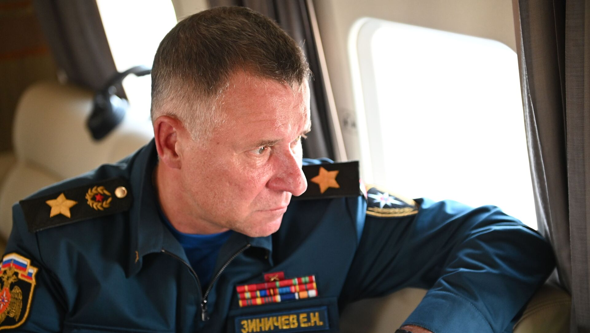 Người đứng đầu Bộ các Tình trạng Khẩn cấp LB Nga Yevgeny Zinichev - Sputnik Việt Nam, 1920, 08.09.2021