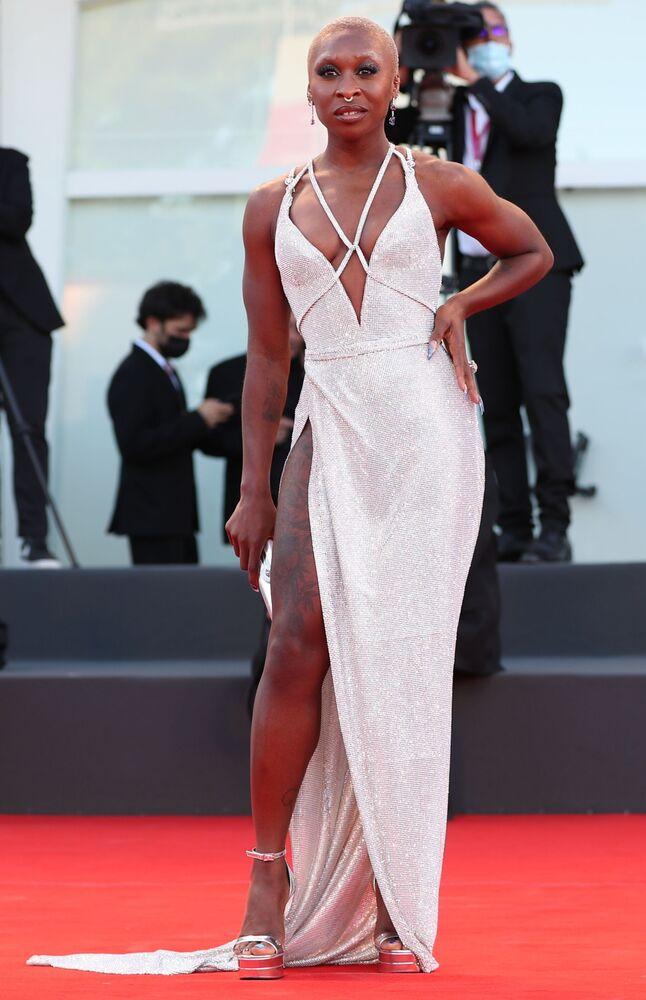 Nữ ca sĩ kiêm diễn viên Vương quốc Anh Cynthia Erivo tại lễ khai mạc Liên hoan phim quốc tế Venice lần thứ 78