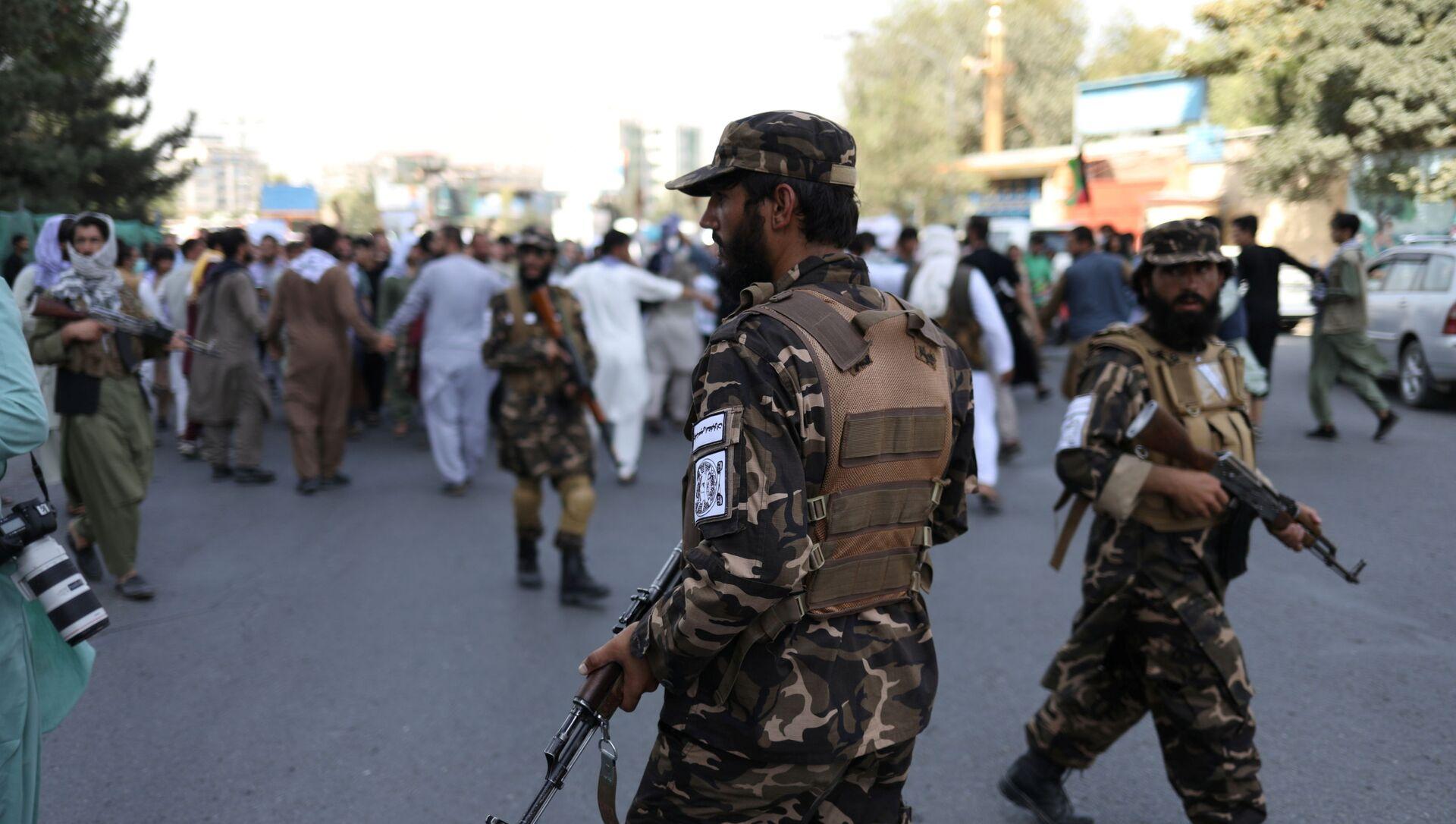 Taliban* giải tán người biểu tình ở Kabul - Sputnik Việt Nam, 1920, 14.09.2021